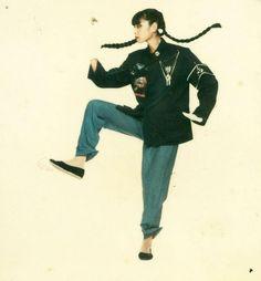 Sayoko Yamaguchi 山口小夜子 in 2020 Traditional Japanese Kimono, Japanese Girl, Vintage Japanese, Japan Fashion, 70s Fashion, Vintage Fashion, India Fashion, Street Fashion, Teen Fashion