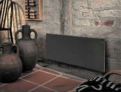 Adax Nederland VS Glamox  H30 zwart in showroom