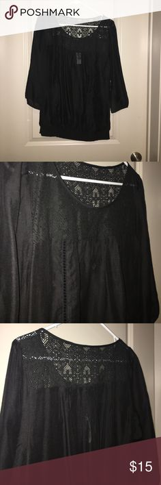 NWT Express Blouse Super cute Blouse- can be dressed up or down! Has elastic at the hips and lace detail st the top. Arms are about 3/4 and have elastic at ends so they are a little puffy. Can be worn with a black tank under or a cute black bra. Perfect for spring! Express Tops Blouses