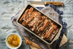 Dunkles Honig-Zupfbrot - Rezepte | fooby.ch Kakao, Grill Pan, Pain, Sausage, Grilling, Food, Espresso, Honey, New Recipes