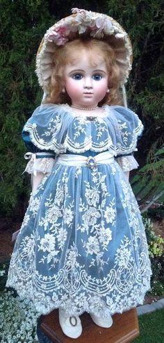 Old Dolls, Antique Dolls, Vintage Dolls, Pretty Dolls, Cute Dolls, Beautiful Dolls, Sewing Doll Clothes, Sewing Dolls, Porcelain Dolls For Sale