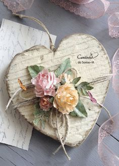 Shabby Chic Home Decor Valentines Day Decorations, Valentine Day Crafts, Holiday Crafts, Spring Crafts, Decoration St Valentin, Crafts To Make, Arts And Crafts, Valentines Bricolage, Decoration Shabby