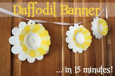 15 Minute Daffodil Banner -I would like to point out that when I saw this I thought it was paper plates and bowls painted and Tabbed together. Daffodil Craft, Daffodil Day, Crafts For Seniors, Crafts For Kids, Apple Garland, Spring Banner, Quick And Easy Crafts, Spring Crafts, Spring Art