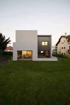 Galería de Casa en la Calle Z / Dva Arhitekta - 7