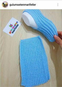 croche - Crochê socksdesign Zapatos - Croche socksdesign Zapatos - Her Crochet Knitting Stitches, Knitting Designs, Knitting Socks, Knitting Patterns Free, Free Knitting, Baby Knitting, Crochet Baby, Knit Crochet, Crochet Patterns
