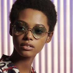 Looking forward to the festive season: get into the holiday spirit wearing Rosie sunglasses with gradient lenses Chloe Fashion, Womens Fashion, Spirit Wear, Lenses, Eyewear, Round Sunglasses, Seasons, Photo And Video, How To Wear