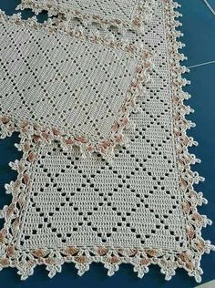 This Pin was discovered by Boż Filet Crochet, Crochet Motif, Crochet Shawl, Crochet Designs, Crochet Doilies, Crochet Stitches, Knit Crochet, Crochet Table Runner Pattern, Crochet Tablecloth