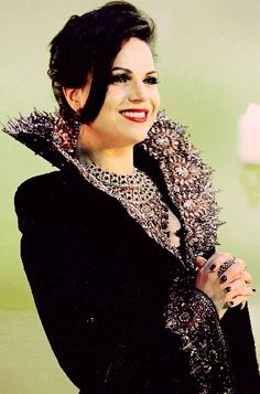 ༻✿༺ ❤️ ༻✿༺ Once Upon A Time - The Evil Queen Regina Mills (Lana Parrilla) ༻✿༺ ❤️ ༻✿༺