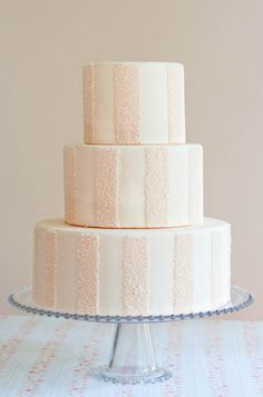 SO pretty!!!  Peach sprinkle cake by Erica OBrien Cake Design.  And even the DIY instructions if you're feeling really ambitious.  :)