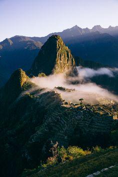 Morning Fog Machu Pi