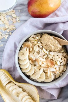 Tropical Coconut Oatmeal with Mango and Crunchy Peanut Butter {dairy free, gluten free} || pumpkinandpeanutbutter.com