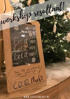 Marjolijn maakten deze winter quote in een workshop handlettering & raamtekening gegeven door Ceciel Maakt.  Het ontwerp is nagemaakt van 1 van de raamtekeningen uit etsyshop krijtstifttekening. #raamtekening #workshop #handlettering #krijtstift Art Quotes, Chalkboard, Workshop, Winter, Winter Time, Atelier, Work Shop Garage, Chalkboards, Chalk Board