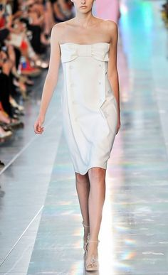 CHRISTOPHER KANE RUNWAY BOW BOLT BANDEAU DRESS   size UK 8 US 4  This strapless Christopher Kanecocktail dress features bow detail at the bust   as well as double breasted-inspired bolt accents at the front panel   Back center zip   74% acetate 26% silk  Unlined   Made in Italy  ...