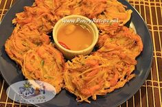Ukoy na Kalabasa Recipe is a healthy and delicious Filipino appetizer that is very easy to cook and great as an afternoon snack with a spicy vinegar dip. yummy!