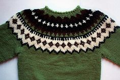 19207 Pullover pattern by Dale Design