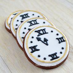New Year's Eve cookies  Klok koekjes - Laura's Bakery