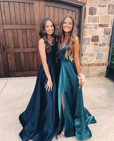 A-line Straps Navy Blue Backless Long Prom Dress with Pockets - Bal de Promo Stunning Prom Dresses, Simple Prom Dress, Hoco Dresses, Beautiful Prom Dresses, Dance Dresses, Homecoming Dresses, Pretty Dresses, Evening Dresses, Formal Dresses