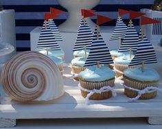 [Inspiration] Nautical Birthday Dessert Table - Spaceships and Laser Beams Love the sail boat cupcakes and table decor Dessert Party, Dessert Table Birthday, Birthday Desserts, Party Desserts, Dessert Tables, Nautical Cupcake, Nautical Party, Nautical Table, Fiesta Marinera