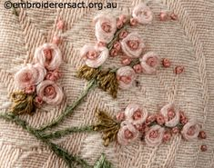 Bags and Purses Gallery – Embroiderers' Guild ACT Silk Ribbon Embroidery, Embroidery Patterns, Hand Embroidery, Little Stitch, Brazilian Embroidery, Embroidered Bag, Needlework, Art Projects, Roses