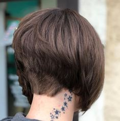 The Full Stack: 50 Hottest Stacked Haircuts - - Short Stacked Bob With Nape Undercut Short Stacked Bob Haircuts, Short Stacked Bobs, Stacked Bob Hairstyles, Short Hair Cuts, Short Hair Styles, Pixie Haircuts, Layered Bobs, Medium Hairstyles, Layered Haircuts
