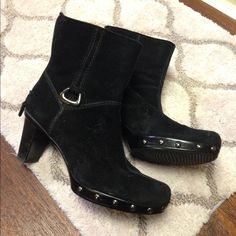 Stuart Weitzman boots.Hold do not buy No damage worn few times Stuart Weitzman Shoes Ankle Boots & Booties