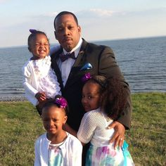 Mike & his girls