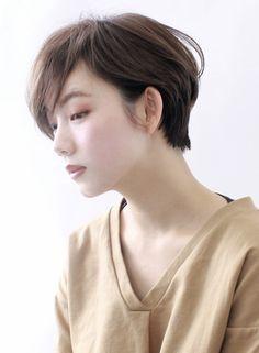 ☆大人の分け目をつけないショートボブ☆(髪型ショートヘア)