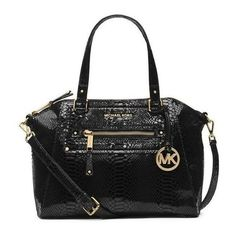 Pre-Owned Michael Kors Gilmore Medium Snakeskin Satchel Bag Black... ($290) ❤ liked on Polyvore featuring bags, handbags, tote bags, black, satchel bag, michael kors satchel, crossbody satchel, michael kors tote bag and handbags totes