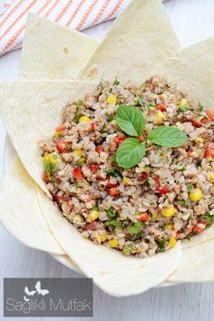 cevizli  karabuğay  salatası Turkish Recipes, Ethnic Recipes, Turkish Delight, Going Vegan, Fried Rice, Starters, Food Styling, Pasta, Salads