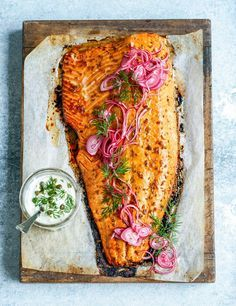 roasted salmon with pomegranate glaze, herby mayo + quick-pickled red onions. Salmon Recipes, Fish Recipes, Seafood Recipes, Cooking Recipes, Healthy Recipes, Roast Salmon Recipe, Healthy Gourmet, Whole30 Recipes, Healthy Dinners