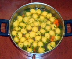 Around the World - in favorite recipes: Chicken Soup With Semolina Dumplings