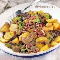 Este salteado de patatas, setas y brócoli se puede preparar también con las verduras congeladas. Es un plato rápido y sabroso.
