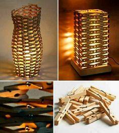 Clothespin's Lamp. Lampen aus Wäscheklammern Clothespin's Lamp . Lamps made of clothespins clothing ideas diy Craft Stick Crafts, Diy And Crafts, Arts And Crafts, Craft Ideas, Diy Ideas, Decor Ideas, Diy Luz, Luminaria Diy, Blog Deco