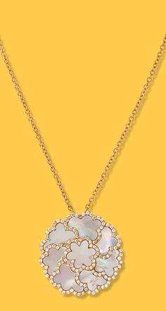 984a6728000 de Boulle Collection Four Leaf Clover Pendant. Four Leaf Clover18k Rose GoldMother  PearlDiamond JewelryDiamond Jewellery