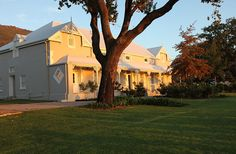 Kloovenburg Pastorie - Kloovenburg Pastorie offers luxurious overnight accommodation on a beautiful wine farm, situated in Riebeek Kasteel. There are three elegant guest rooms available; featuring air-conditioning, tea and .