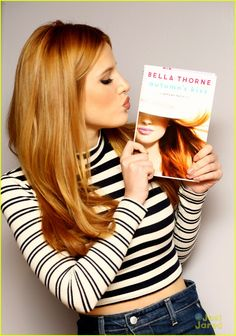 Bella Thorne Introduces Her 'Famous in Love' Character Paige!: Photo #894727. Bella Thorne holds up the second novel of her