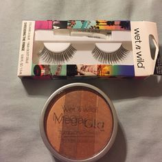Tonight Only! Huge beauty product sale 1 box wet n wild lashes, 1 wet n wild mega glo illuminating powder in starlight bronze. Wet n wild Makeup False Eyelashes