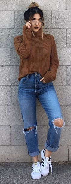 Simple Outfit Brown Knit Sweater Plus Boyfriend Jeans Plus Sneakers