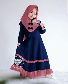 Baby Girl Frocks, Baby Girl Party Dresses, Frocks For Girls, Dresses Kids Girl, Kids Abaya, Modele Hijab, Baby Dress Design, Baby Dress Patterns, Muslim Dress