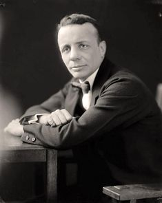 Theodore Roosevelt Jr. You are viewing an artistic photograph of Roosevelt, Theodore, Jr., Colonel. It was made between 1905 and 1945 by Harris & Ewing.   The photo illustrates Roosevelt, who was Teddy's son, and war hero in both World War I and World War II. Theodore Roosevelt Children, Vintage Pictures, Old Pictures, American Life, World War Ii, Famous People, Presidents, Hero, History