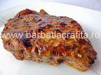 Friptură de porc la cuptor | Rețete BărbatLaCratiță Jacque Pepin, Romanian Food, Cordon Bleu, Meatloaf, Banana Bread, Food And Drink, Cooking, Breakfast, Desserts