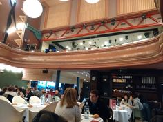 Comedor del Kafe Antzokia de Bilbao