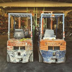 Looking at their scars, you know props for durability are due #forklift