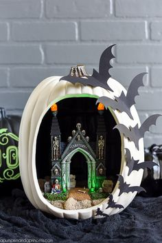 These eye-catching bats prove that diorama fun shouldn't be confined to inside the pumpkin.