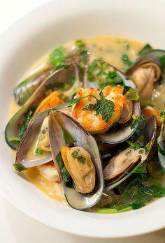 Vietnamese mussels & prawns in sromatic coconut broth