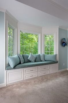 add a cushions and throw pillows to the bay window in the family room?love the idea of a bay window seating area . Window Seat Curtains, Diy Curtains, Curtains Living, Bay Window Seats, Bay Window Storage, Window Nooks, Bay Window Decor, Window Seat Cushions, Window Shutters