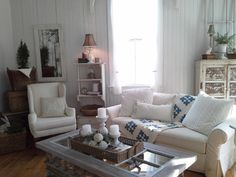 love this living room. full of pretty things but still so simple and homey. Farmhouse Style, Farmhouse Decor, Farmhouse Ideas, Vintage Farmhouse, Painted Coffee Tables, Ikea Sofa, Living Room Inspiration, Great Rooms, Living Rooms
