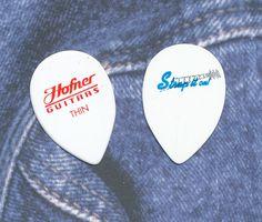 Hofner guitar picks 2 THIN vintage small teardrops #Hofner #GuitarPicks