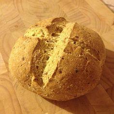 Szafi Fitt extra diétás, gluténmentes light paleo kenyér (maglisztmentes!) recept        A legdiétásabb kenyérféle, amit valaha készítettünk       A legdiétásabb kenyér recept             ✔Zsírszegény       ✔100 g kenyér 1,5 g szénhidrátot tartalmaz Paleo, Croissant, Fitt, Bread, Brot, Beach Wrap, Crescent Roll, Baking, Breads