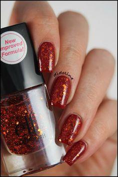 ELF - Medium Red & Blushing Bombshell  #nails #nailpolish #polish #mediumred #blushingbombshell #elf #eyeslipsface #didoline #didolinesnails @eyeslipsface.fr @e.l.f. Cosmetics